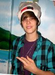 image of justin bieber in pook toque